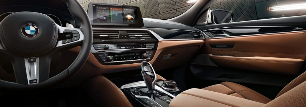 2019 BMW 6 Series Front Seat Interior, Dashboard and Touchscreen