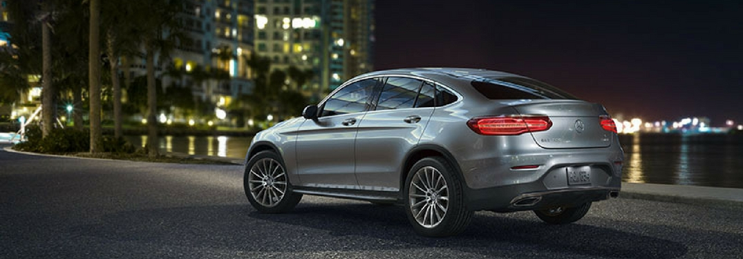 mercedes benz glc coupe named 39 2018 suv of the year 39 by motor trend. Black Bedroom Furniture Sets. Home Design Ideas