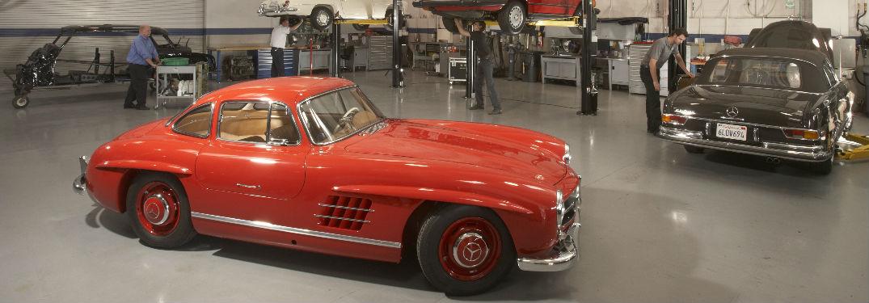 Classic Mercedes-Benz models in a body shop