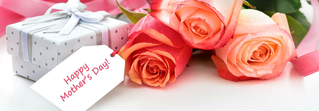 Happy Mothers Day tag with roses and small gift