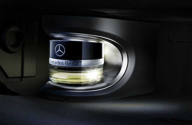 What does a mercedes benz smell like for Mercedes benz car perfume