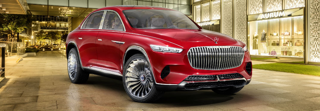 Vision Mercedes-Maybach Ultimate Luxury in Red Front View
