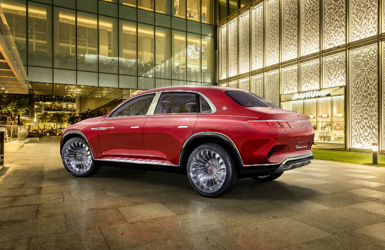 Vision Mercedes-Maybach Ultimate Luxury in Red Rear View