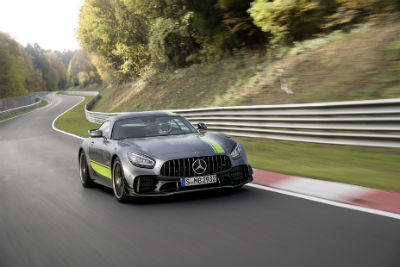 2020 MB AMG® GT R PRO exterior front fascia and passenger side