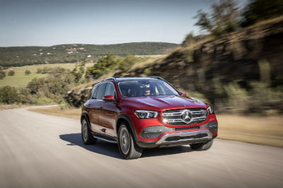 2020 MB GLE exterior front fascia and passenger side on blurred road