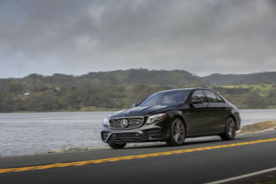 2019 MB E-Class exterior front fascia and drivers side on lakeside road