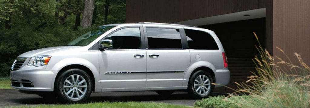 chrysler town country passenger and cargo space. Black Bedroom Furniture Sets. Home Design Ideas