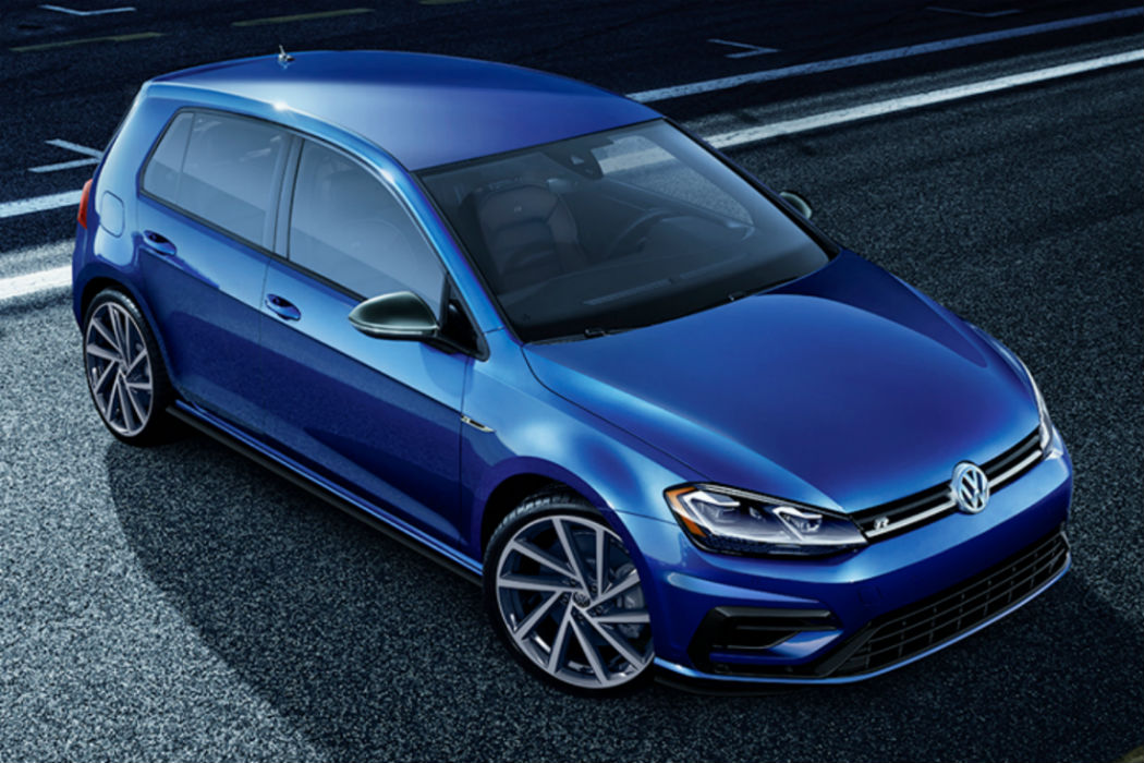 The 2019 Volkswagen Golf R Goes 0-60 MPH in Under 5 Seconds!