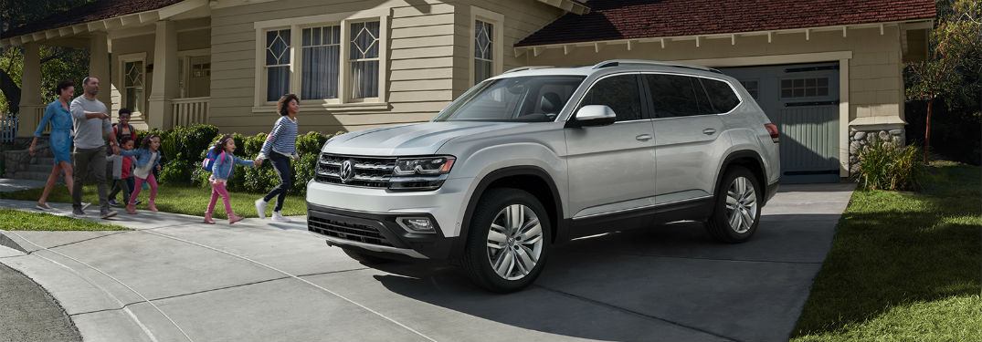 Front driver side exterior view of a gray 2019 VW Atlas