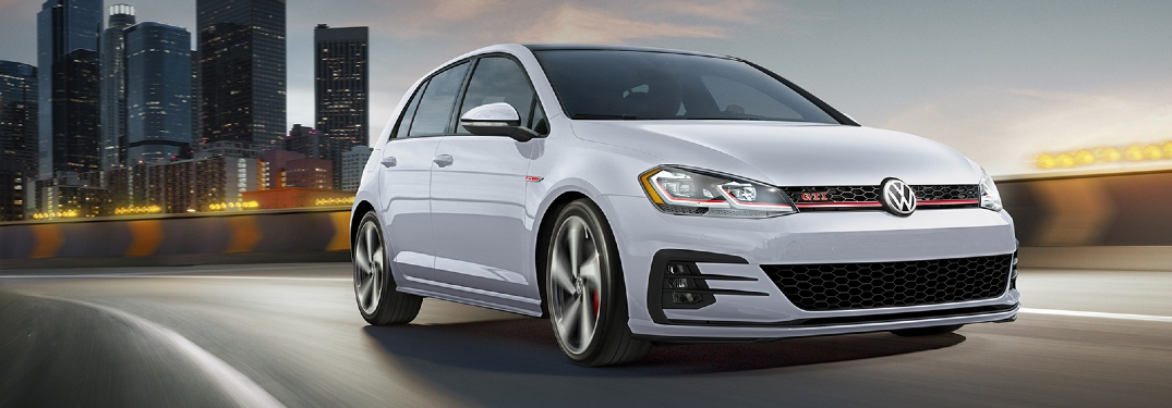 What colors does the 2020 Volkswagen Golf GTI come in?