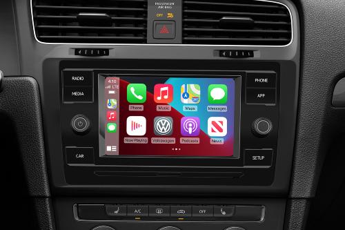 2021 Golf Apple CarPlay showcase
