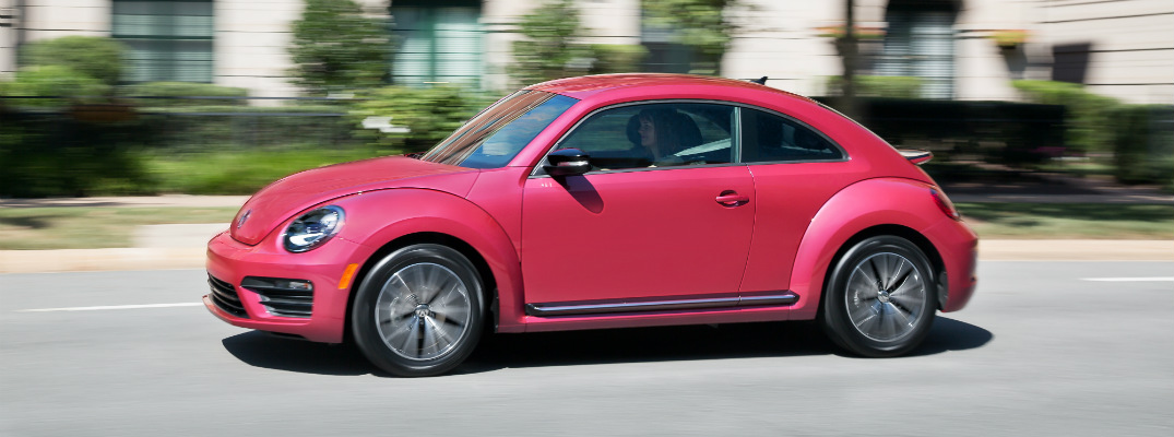 what s new and changed in the 2017 vw beetle. Black Bedroom Furniture Sets. Home Design Ideas
