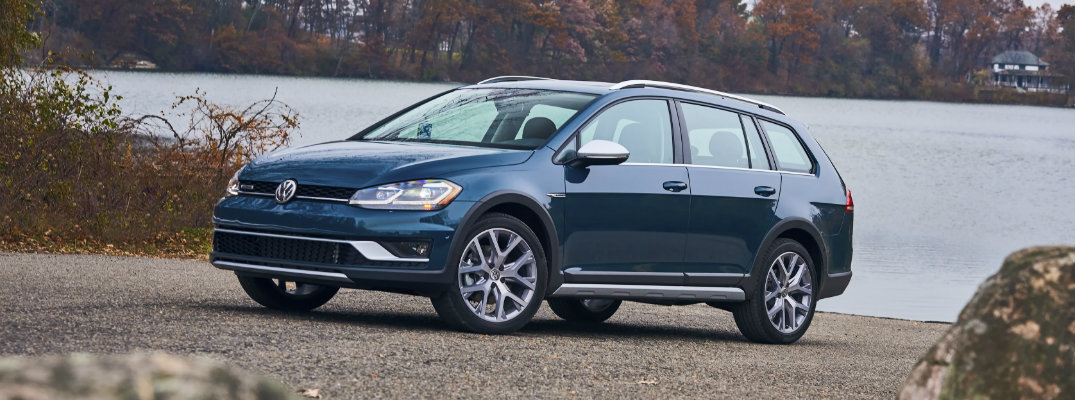 2018 volkswagen golf alltrack trim options and msrp. Black Bedroom Furniture Sets. Home Design Ideas