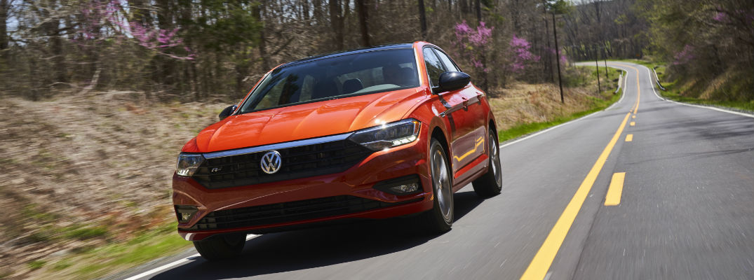 A front quarter photo of the 2019 VW Jetta on the road.