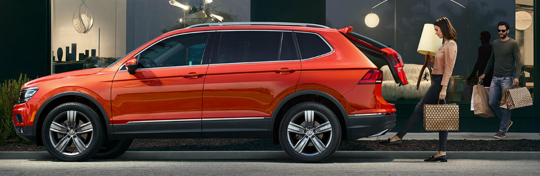2019 VW Tiguan profile shot with liftgate