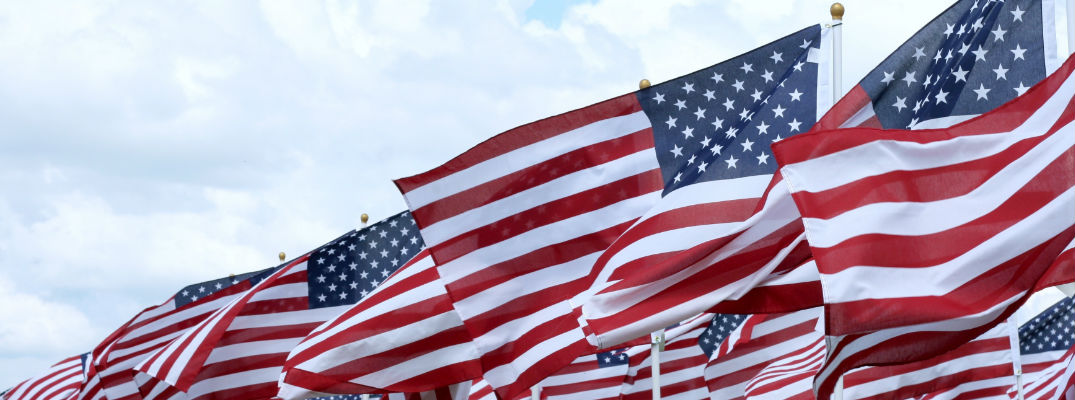 Diagonal American Flags - 2017 Memorial Day Weekend Events Pine River MN