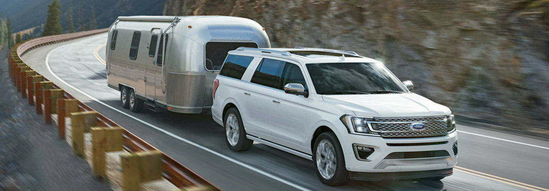 2018 Ford Expedition in white