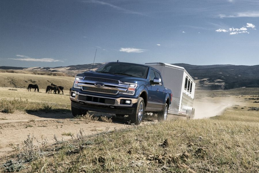2020 Ford F-150 King Ranch towing trailer