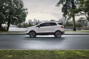 White 2020 Ford EcoSport from exterior side