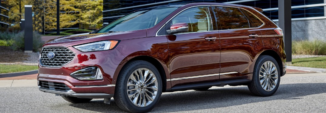 How big is the display in the 2021 Ford Edge?