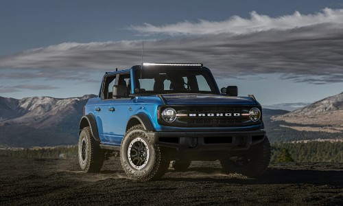2021 Ford Bronco blue roof removed