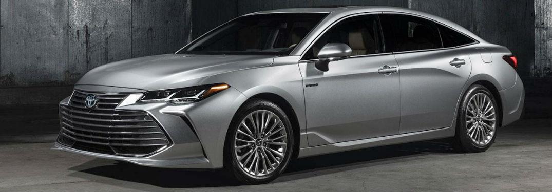 silver 2019 Toyota Avalon parked