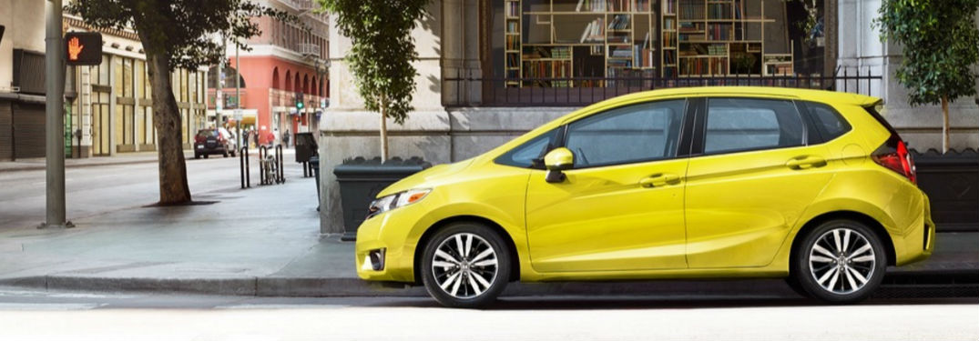 What colors does the 2017 Honda Fit come in?