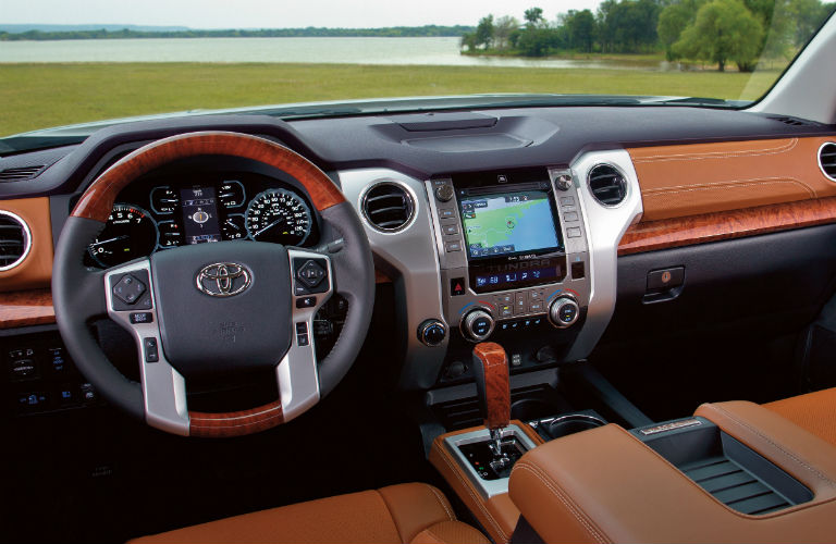 Front dash of the 2019 Toyota Tundra