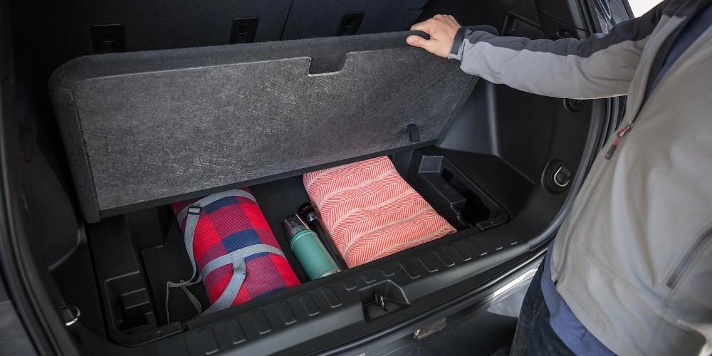 View 2018 Chevrolet Equinox Interior Photo Gallery