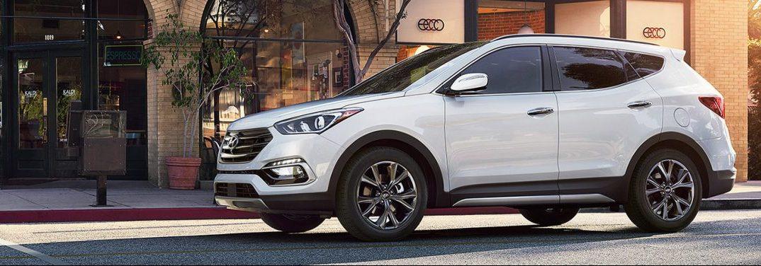 2018 Hyundai Santa Fe in white