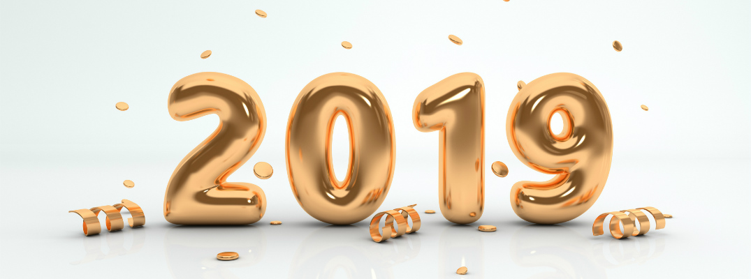 """""""2019"""" written in gold balloons for new year's eve"""