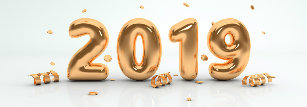 "2019 graphic with ""2019"" spelled out in golden balloons"