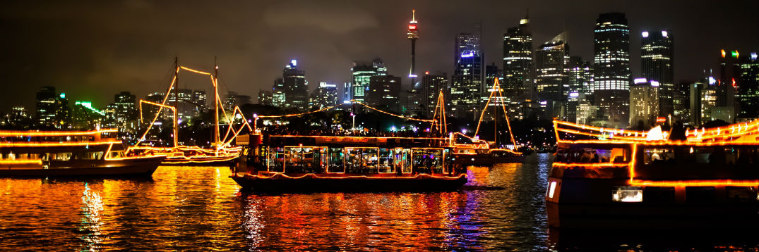 holiday boat parades light shows tampa clearwater st petersburg. Black Bedroom Furniture Sets. Home Design Ideas