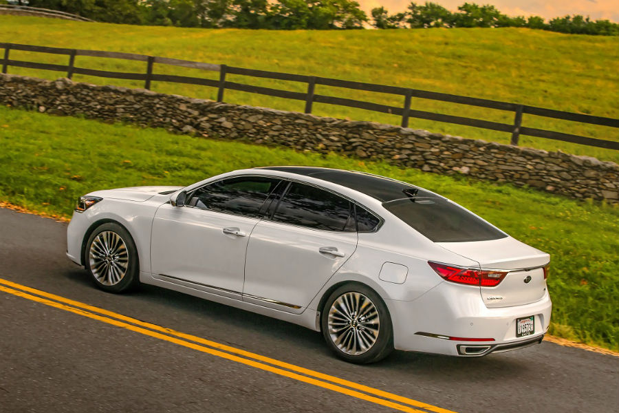 2018 Kia Cadenza Vs 2017 Kia Cadenza Friendly Kia
