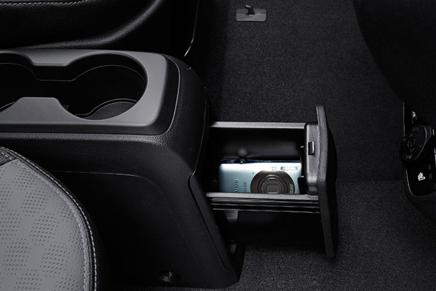 center console storage in 2018 kia ray