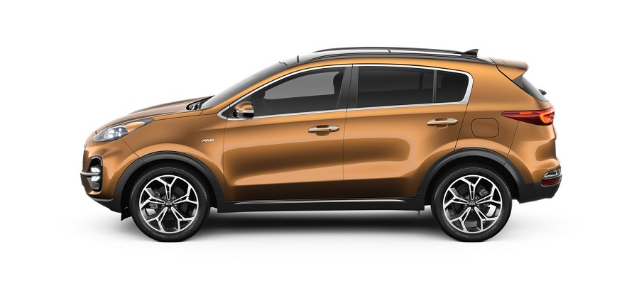 2020 kia sportage on white background in burnished copper