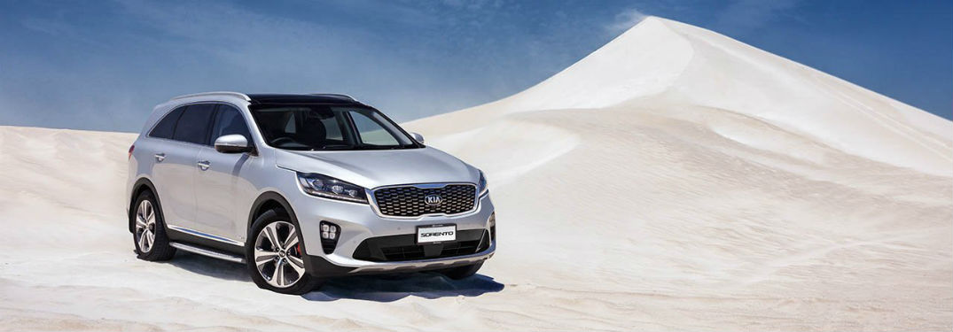 2019 kia sorento parked in the desert