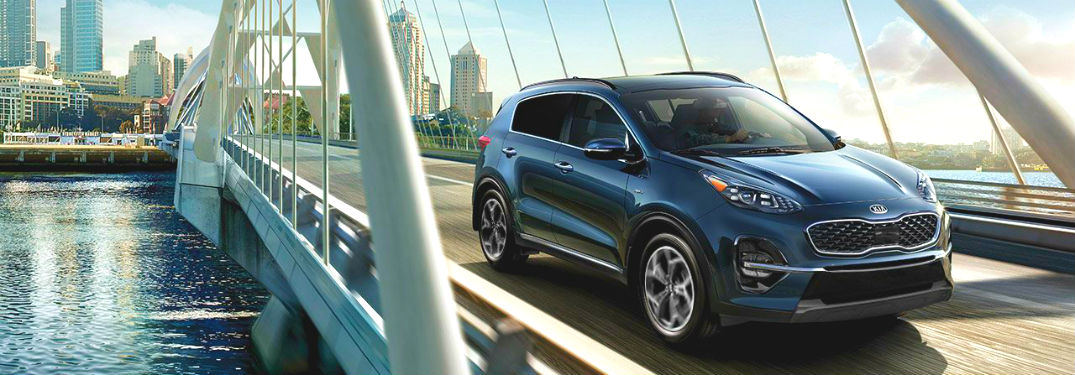 2020 kia sportage driving on bridge