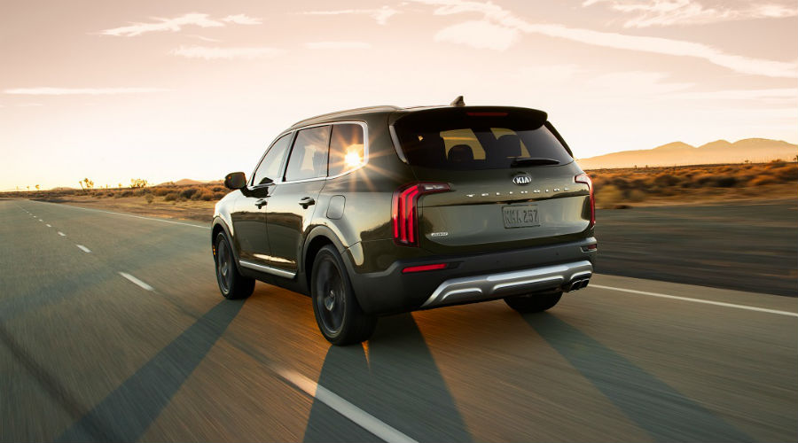 rear image of 2020 kia telluride
