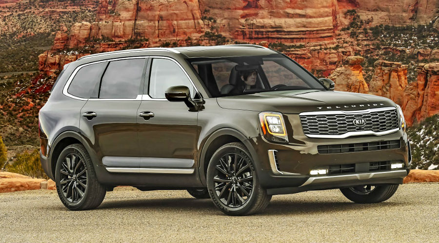 front image of 2020 kia telluride driving in hudson florida