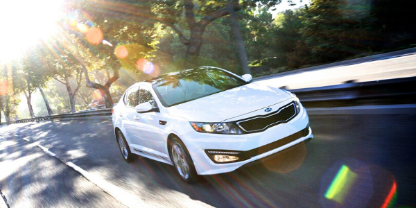 White 2013 Kia Optima