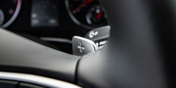 Closeup of steering wheel in 2021 Kia K5