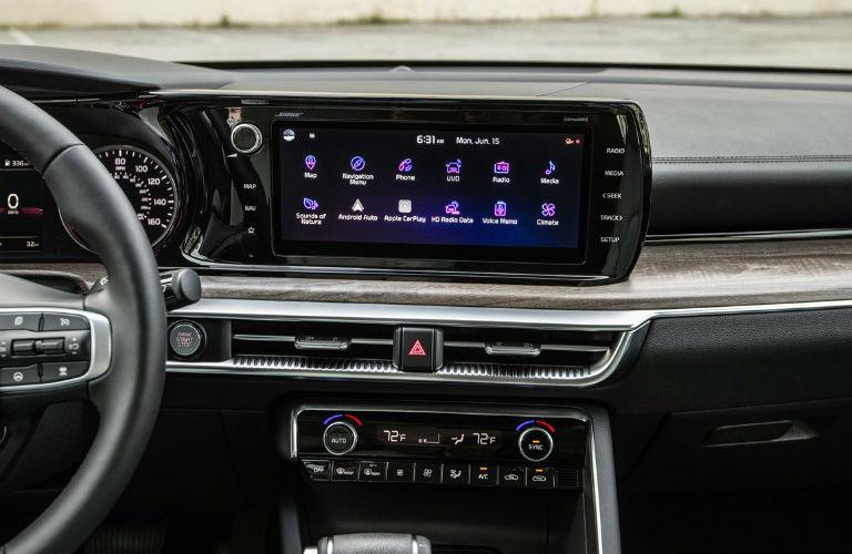Infotainment screen in 2021 Kia K5