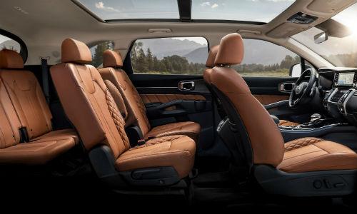 Side view of seats in 2021 Kia Sorento