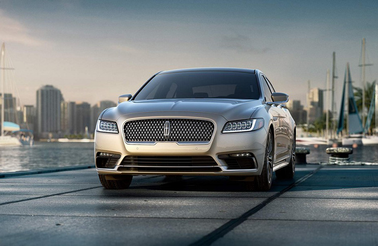 Front View of Silver 2018 Lincoln Continental