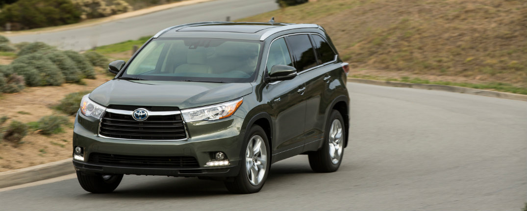 2016 Toyota Highlander Has Seating For 7 Or 8 Passengers