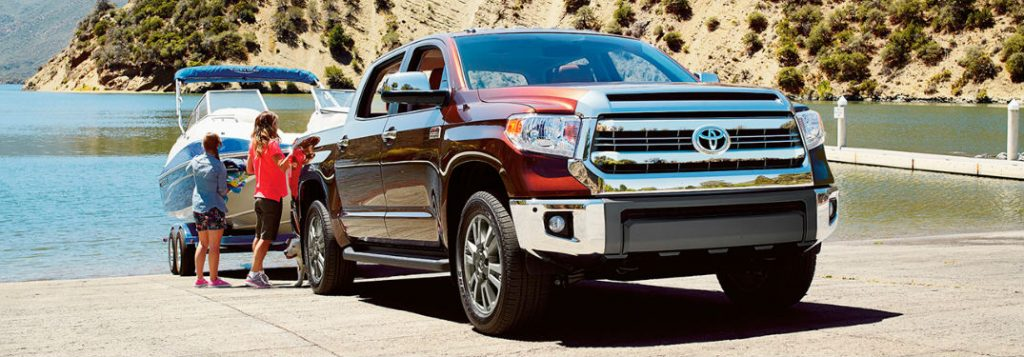 how much weight can the 2017 toyota tundra tow. Black Bedroom Furniture Sets. Home Design Ideas