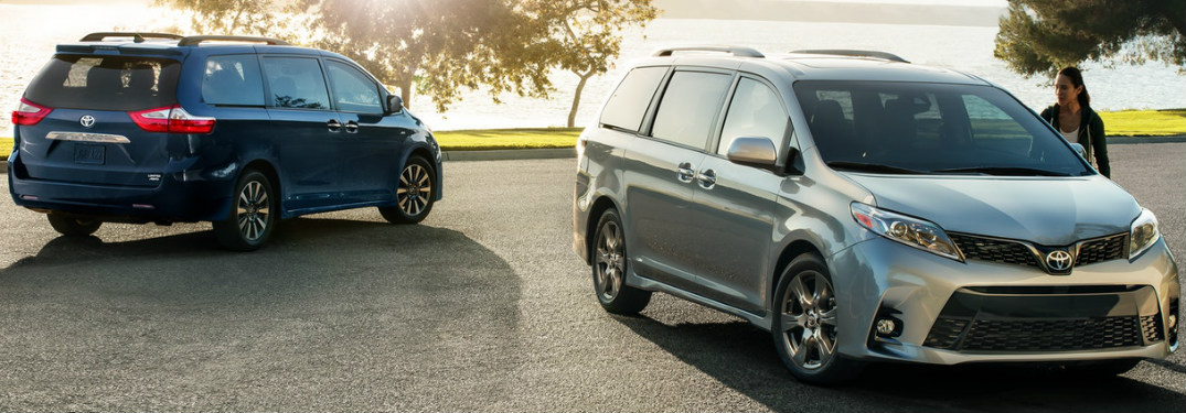 silver and blue models of 2018 Toyota Sienna