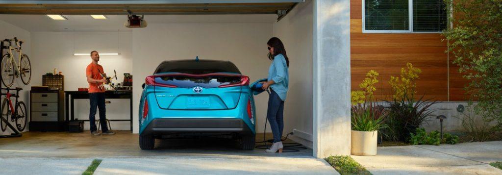2018 Toyota Prius Prime Features And Specs