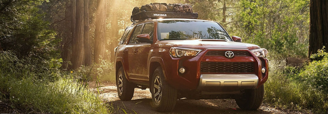What are the trim options for the 2018 Toyota 4Runner?